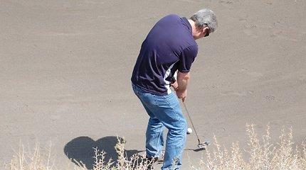 Pirmasis tarptautinis golfo turnyras Afganistane.