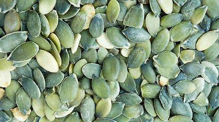 Paprasta, bet efektinga: kepintos moliūgų sėklos – ir sriubai, ir užkandžiauti
