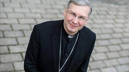 Kauno arkivyskupas: Partnerystės įstatymas pila žibalo į ugnį