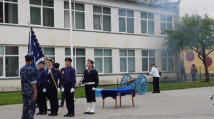 Ugdys kitaip: Klaipėdoje atidaryta Kadetų mokykla