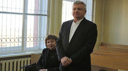 Prekyba poveikiu kaltintai prokurorei R.Aliukonienei ir A.Cicėnui – teismo verdiktas
