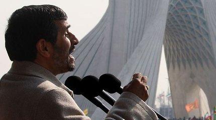 Irano saugumo pareigūnai panaudojo jėgą prieš opozicijos lyderius ir aktyvistus