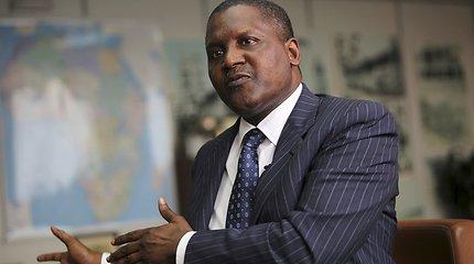 Turtingiausias Afrikos žmogus išsigrynino 10 mln. JAV dolerių, kad ... į juos pažiūrėtų