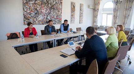 Lietuvos švietimo darbuotojų profesinės sąjungos atstovai susitiko su STT pareigūnais