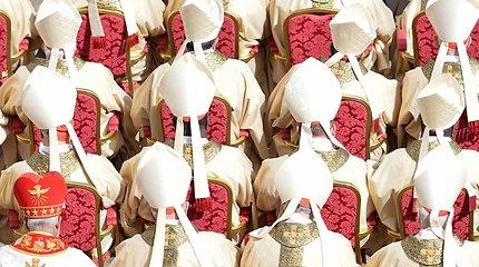 Panaikinkite kunigystę: Bažnyčią gali išgelbėti tik hierarchijos atsisakymas