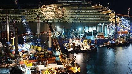 """Kodėl italai nepaliko """"Costa Concordia"""" nelaimės vietoje?"""