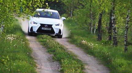 """Atnaujintas """"Lexus IS 300h"""" sužavės mėgstančius riedėti tyliai"""