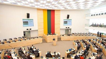 Rugsėjį daugiau kaip pusę posėdžių nepateisinamai praleido keturi parlamentarai