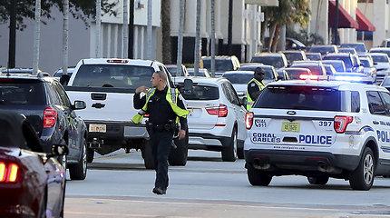 Floridoje pagrobto UPS sunkvežimio gaudynės baigėsi susišaudymu ir 4 žmonių žūtimi