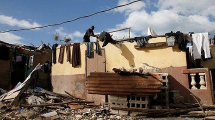 Haityje žemės drebėjimas pareikalavo mažiausiai 11 gyvybių