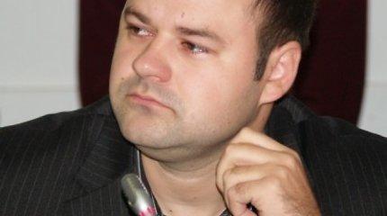 Nusikalstamą praeitį Italijoje nuslėpęs D.Paluckas traukiasi iš Palangos tarybos ir partijos skyriaus pareigų