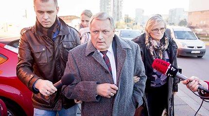 Teismas aiškinsis, ar P.Simavičius ėmė kyšius iš ritualinių paslaugų bendrovės