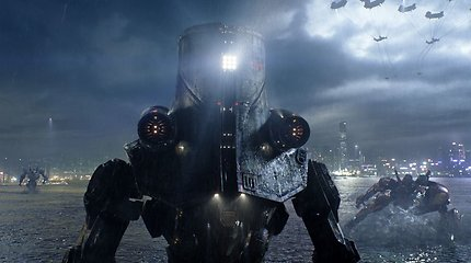 """Ambicingas Guillermo del Toro fantastinis filmas """"Ugnies žiedas"""" stebina gigantiškų monstrų galia ir gausa"""