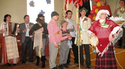Ukmergės specialiojoje mokykloje nuaidėjo Kaziuko mugės šventė (nuotraukos)