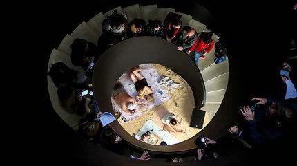 """Operos-performanso """"Saulė ir jūra"""" spaudos konferencija"""