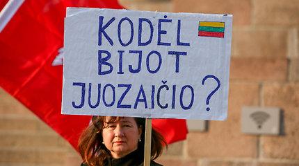 A.Juozaičio rėmėjai protestavo prieš sprendimą nekviesti jo į kandidatų debatus