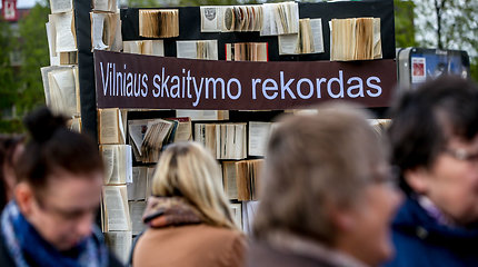 Vilniuje pasiektas rekordas – šalia stoties vienu metu skaitė šimtai žmonių