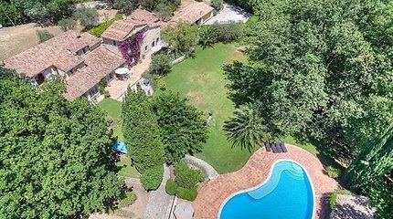 Prancūzijoje parduodamas Edith Piaf priklausęs namas