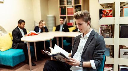 ISM universiteto bakalauro studijų programos pripažintos geriausiomis Lietuvoje