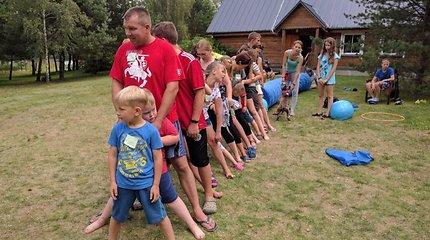 """Akimirkos iš """"Algojimo"""" organizuojamų vasaros stovyklų"""