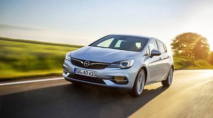 "Atnaujintas ""Opel Astra"""