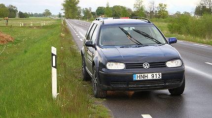"""Panevėžio rajone įkliuvo neblaivus """"Volkswagen"""" vairuotojas"""