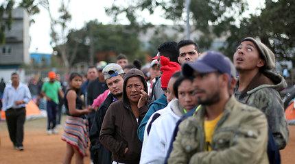 Migrantai Meksikos pasienio mieste Tichuanoje