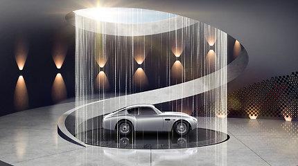 """Ikoniškasis """"Aston Martin"""" laužo ribas: prabangius automobilius """"įrėmins"""" name"""
