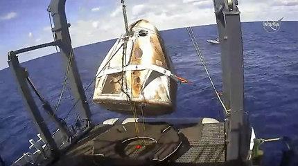 """""""SpaceX"""" patvirtino: bandomoji žmonių skrydžiams skirta kapsulė sunaikinta"""