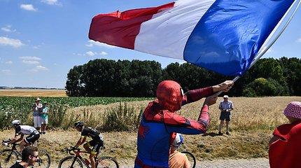 """Spalvingi """"Tour de France"""" aistruoliai – nuo rožinio zuikio iki velnio"""