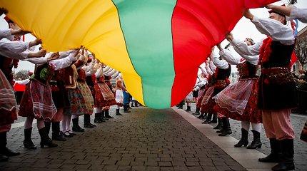 Vasario 16-osios proga užsienio lietuviai gardžiuosis kugeliu, dalyvaus bėgime ir eis į paplūdimį