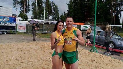 Vytautas ir Neringa Kirkliauskai žmonų nešimo čempionate