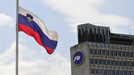 Slovėnijos nacionalinė oro vežėja dėl likvidumo problemų stabdo skrydžius