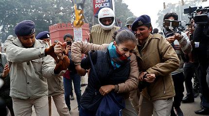 Protestai prieš pilietybės įstatymą Indijoje