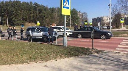 Vilniuje – dar viena avarija, ketvirtadienį sutrikdžiusi viešojo transporto eismą