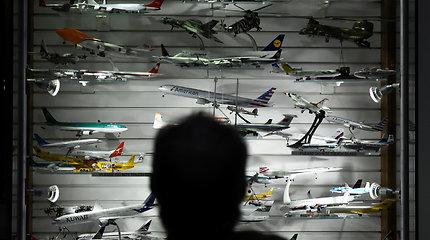 Didžiausią pasaulyje orlaivių kolekciją airis padovanojo oro uostui