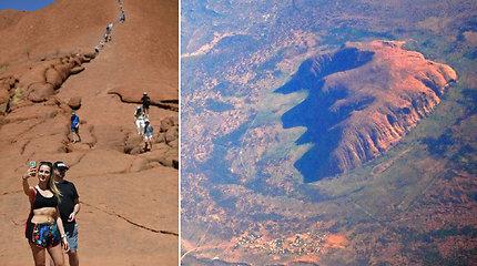 Pagaliau išpildytas aborigenų noras: turistams bus draudžiama kopti į Ulurų kalną