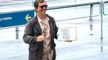 """Britų siaubo komedija """"Ghost Bus Tours"""" su Mindaugu Papinigiu"""