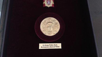 Buvusiam JAV prezidentui – Vilniaus miesto garbės piliečio apdovanojimas