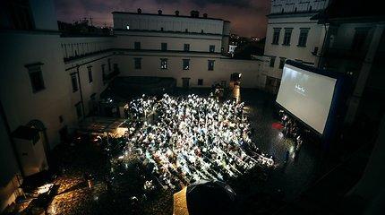 """""""Kino po žvaigždėmis"""" uždaryme – naujausias filmas su ikoniškąja Cate Blanchett"""