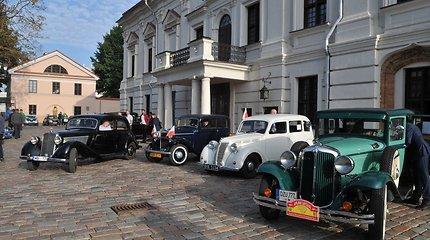 """Startavo ralis """"Aplink Lietuvą 2019"""": pasirodys ir 1923 metais pagamintas """"Ford T"""""""