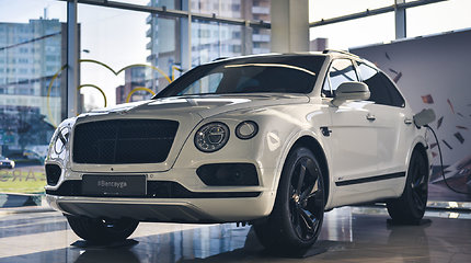 """Bentley Bentayga Hybrid"" pristatytas Lietuvoje"