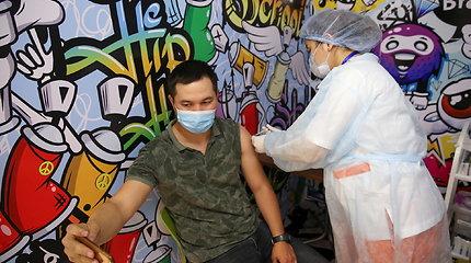 Kazachstanas neigia JAV ekspertų duomenis apie beveik 82 tūkst. mirusiųjų nuo COVID-19