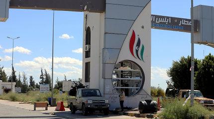 JT smerkia antskrydį prieš Tripolio oro uostą, kaltina Haftaro pajėgas