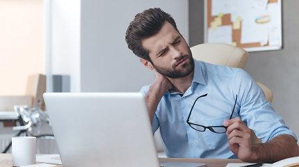 Neurochirurgas – apie kaklo skausmus: jie gresia visiems, sėdintiems prie kompiuterių ir nesportuojantiems