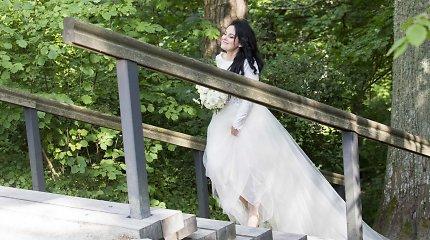 Palangoje ant Birutės kalno ištekėjo dainininkė Erika Klimenko-Taja