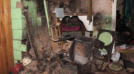 Dviejuose Kėdainių rajono namuose sprogo du katilai, sužalotas žmogus