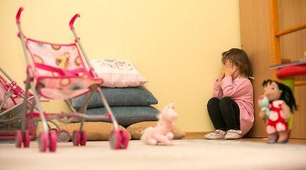 Specialistai įvardijo: vaikų seksualinė prievarta Lietuvoje yra