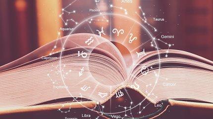 Pandemijos metu astrologija išgyvena aukso amžių: pasimetę žmonės atsakymų ieško žvaigždėse