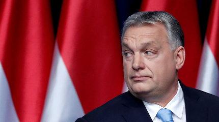 Vengrijos pasienyje susibūrus migrantams policija uždarė su Serbija jungiančią perėją